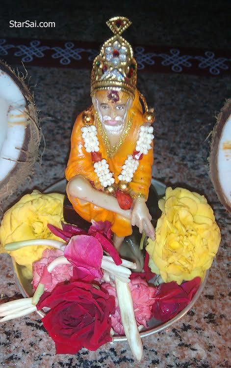 shirdi saibaba pooja offering roses