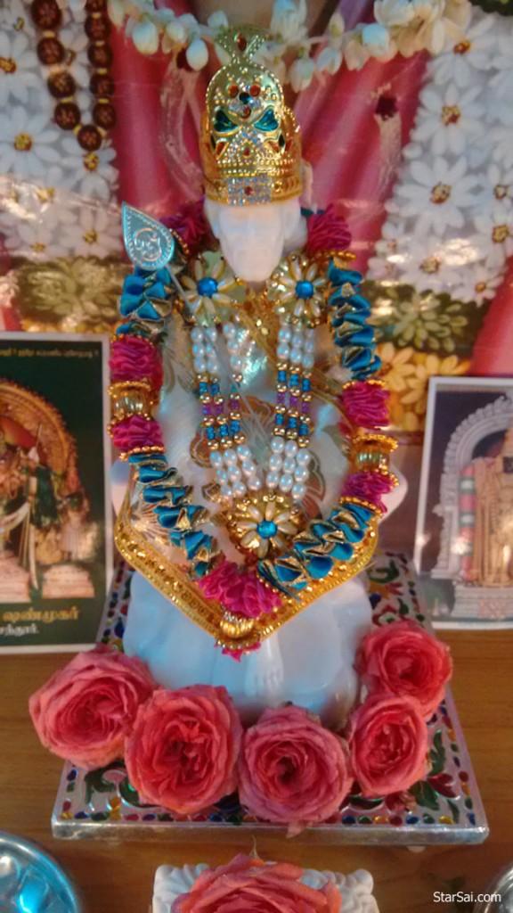 Saibaba statue