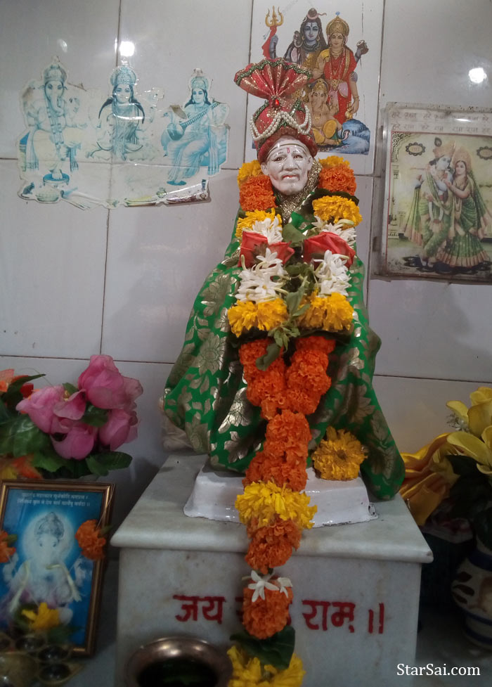 Saibaba in Bandra, Mumbai