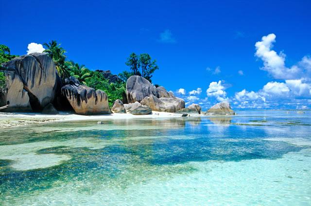 http://www.starsai.com/wp-content/uploads/Seychelles-island.jpeg