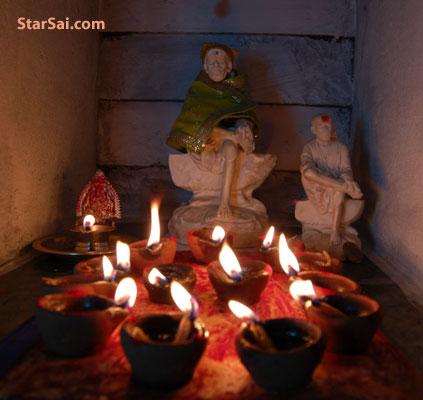 Shirdi Saibaba temple of lamps