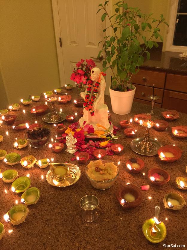 sai devotees lamps