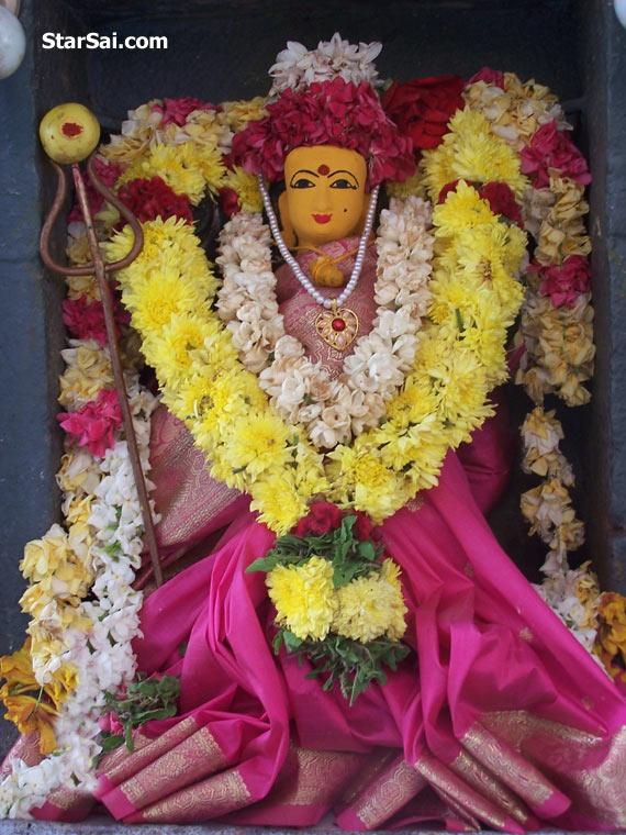 Worship Goddess Durga and Lord Ganesha - Remedy for Lord