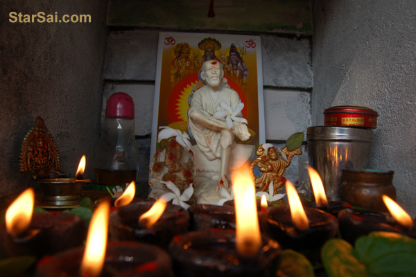 Hanuman Jayanthi Pooja and Shirdi Saibaba's Love for Hanuman - Anjaneyar