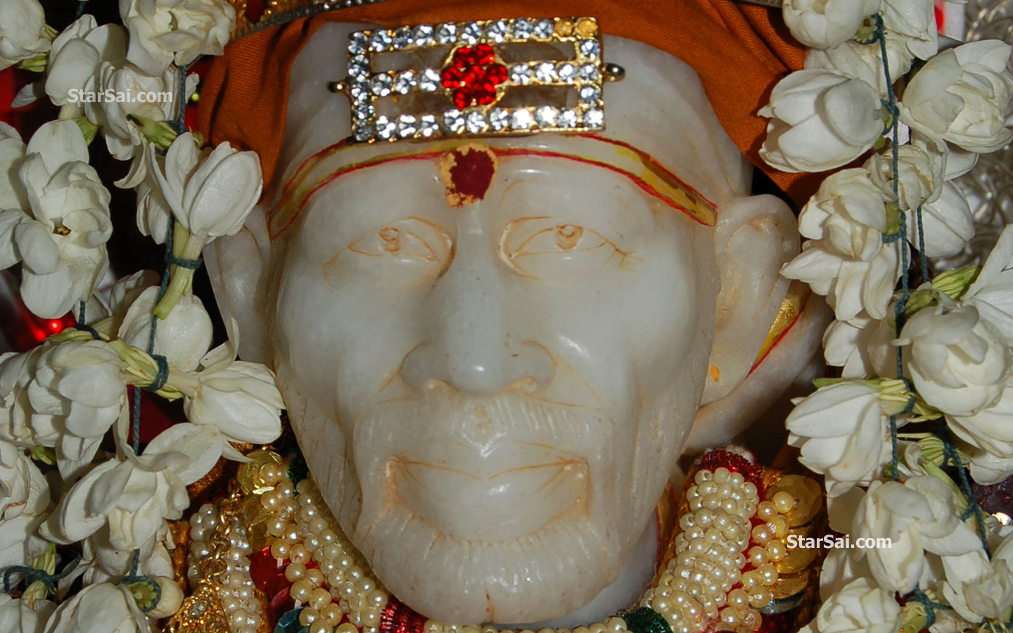 Shirdi Sai Baba Wallpapers For Your Desktop And Laptop Computers
